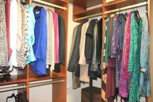 Closet org Pics 003